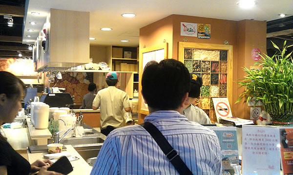 西門平價好吃又大碗的西門町咖哩 魔法咖哩
